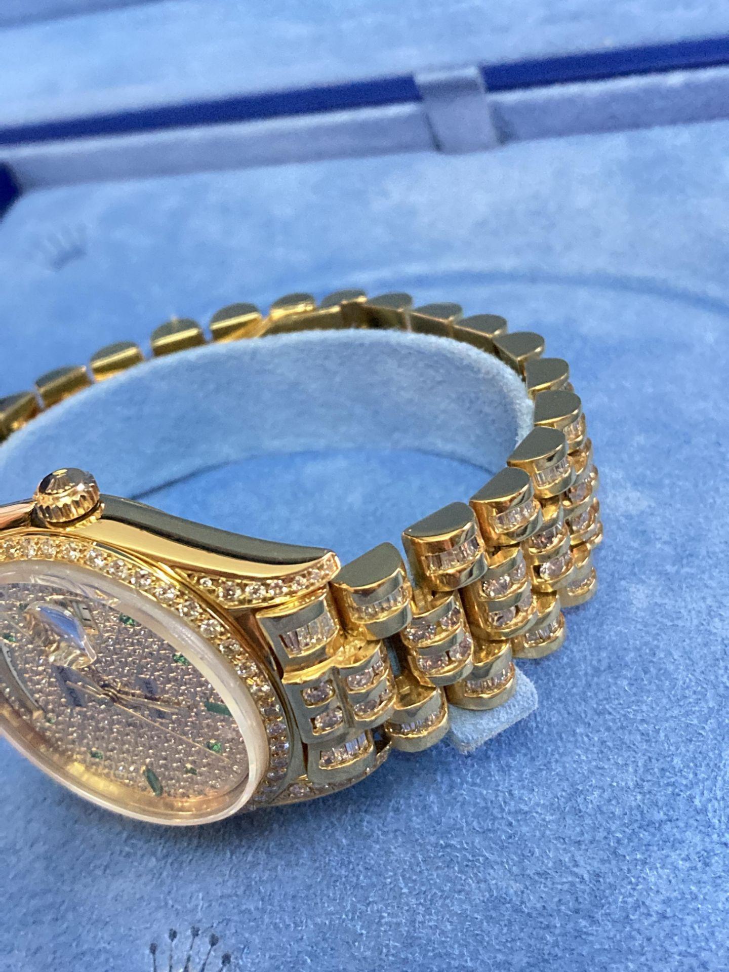 GENTS 36mm ROLEX DAYDATE YELLOW GOLD DIAMOND WATCH - Image 7 of 21