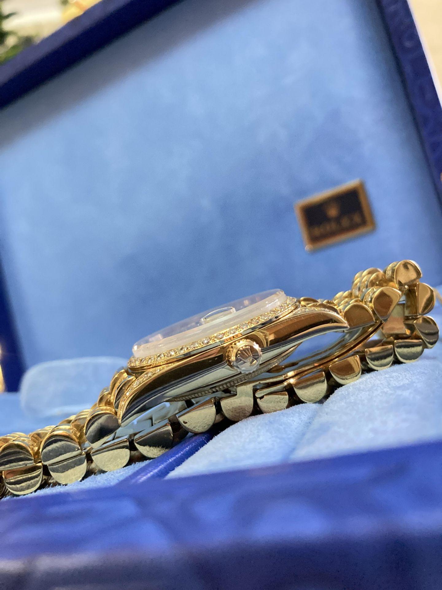 GENTS 36mm ROLEX DAYDATE YELLOW GOLD DIAMOND WATCH - Image 14 of 21