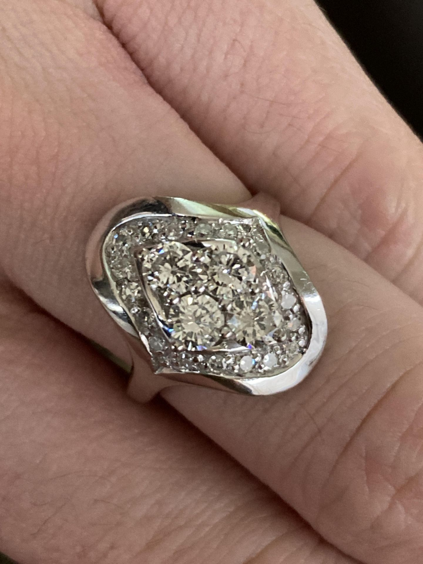 1CT DIAMOND RING IN 14CT WHITE GOLD - SIZE: O 1/2 / WEIGHT: 7.4G - Image 5 of 5