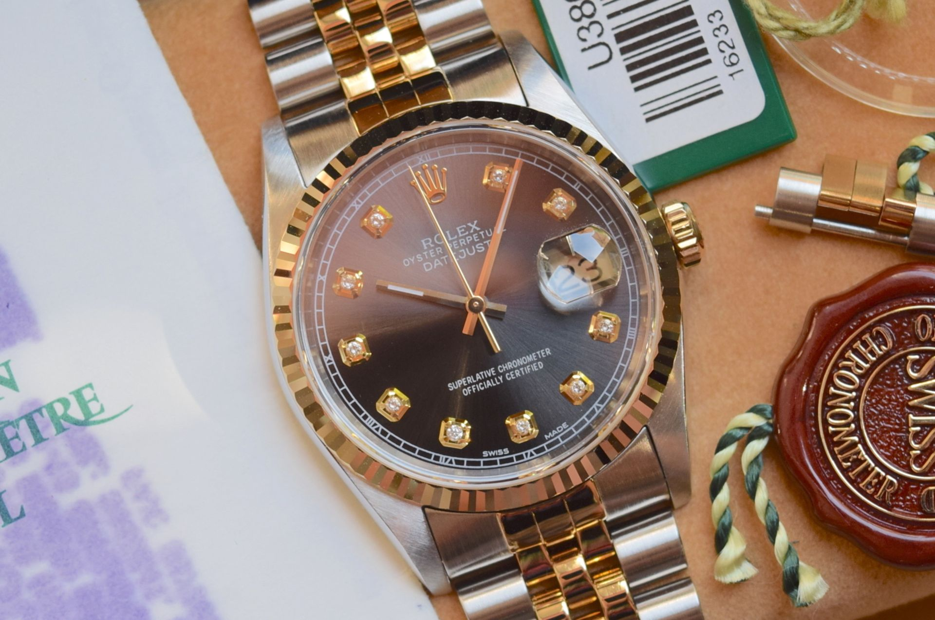 18CT GOLD/ STEEL ROLEX DATEJUST - 36MM, MENS (COMPLETE SET INC BOX, PAPERS, TAGS ETC)