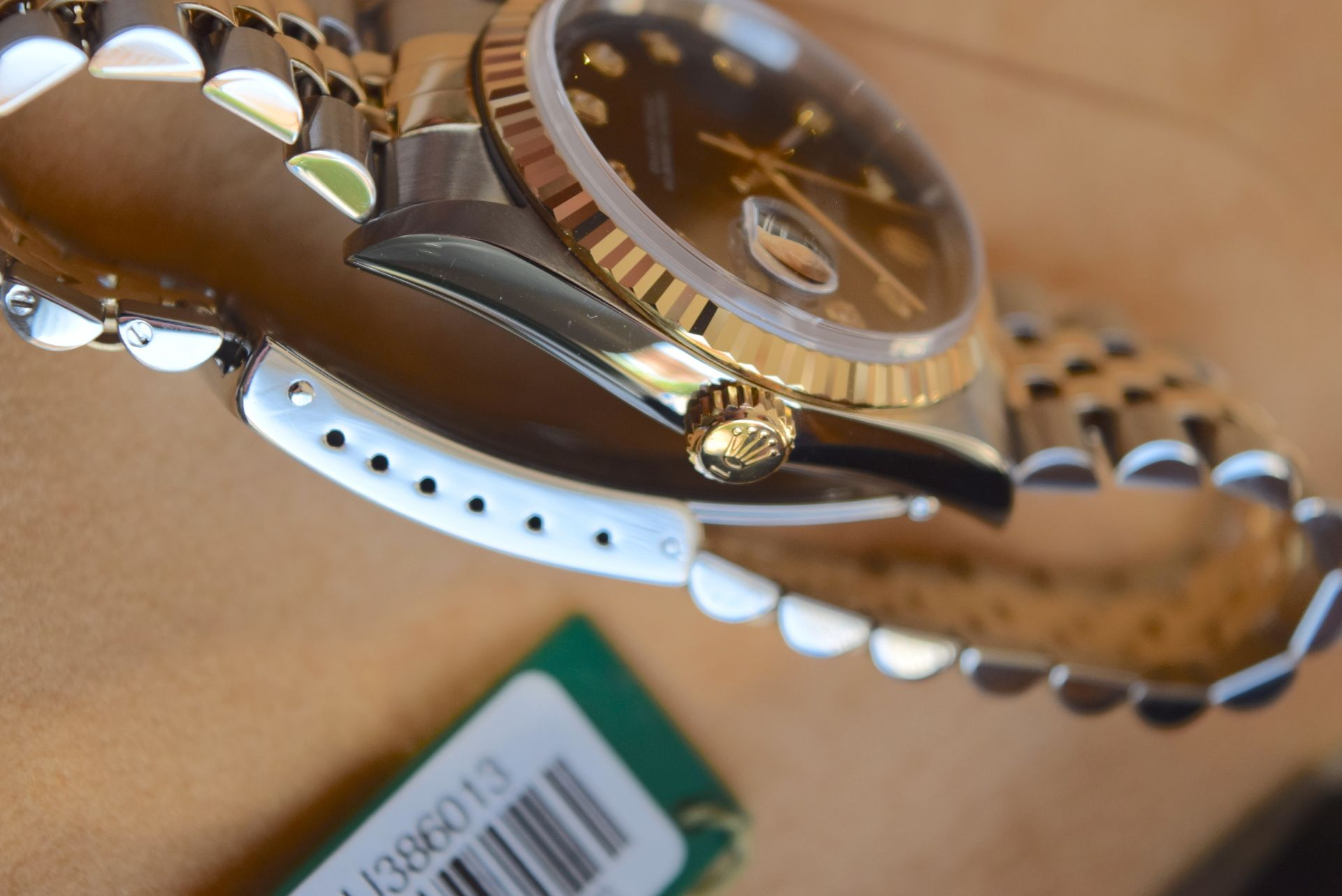 18CT GOLD/ STEEL ROLEX DATEJUST - 36MM, MENS (COMPLETE SET INC BOX, PAPERS, TAGS ETC) - Image 11 of 25