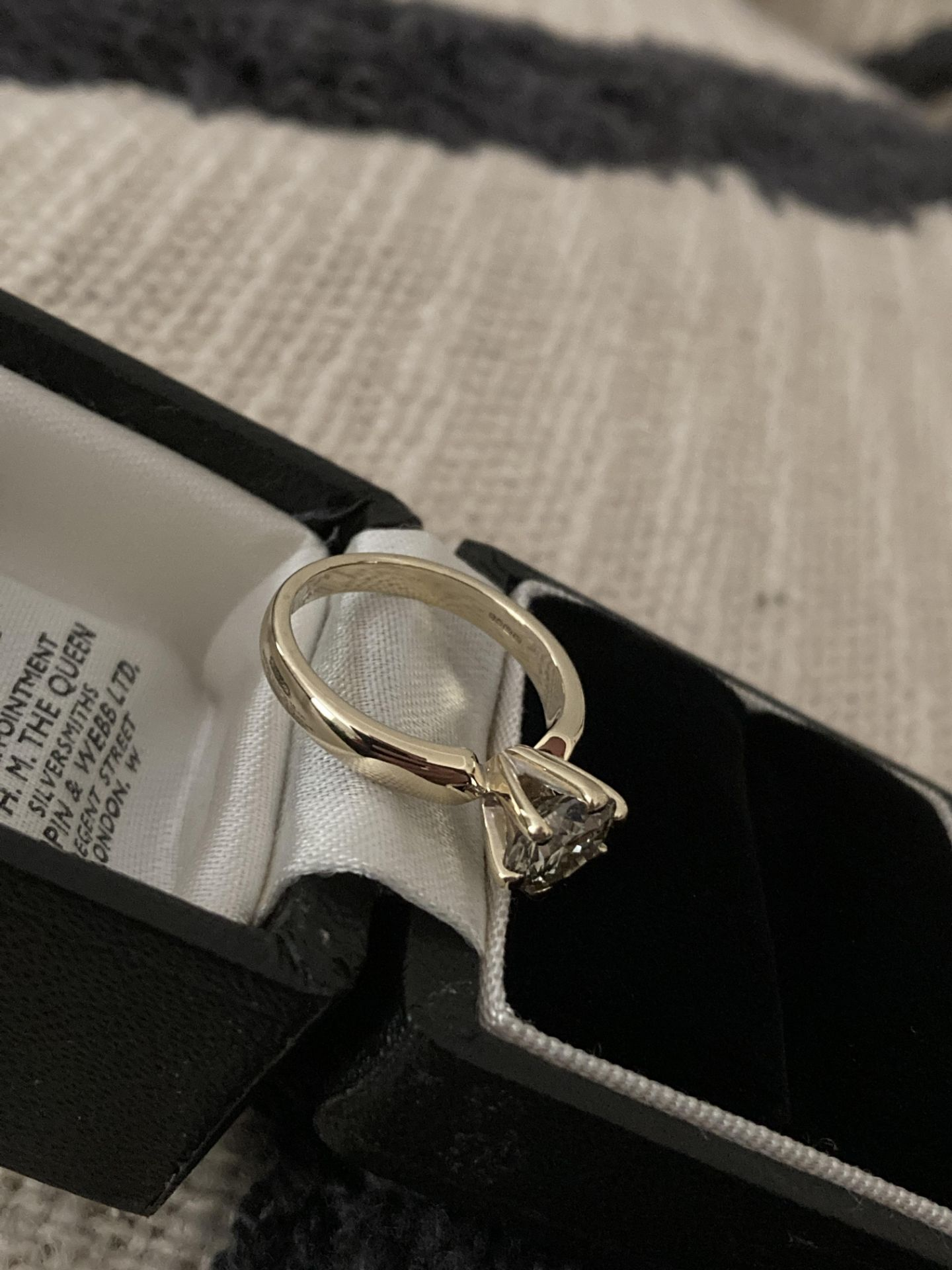 1.54CT DIAMOND SOLITAIRE RING Y. GOLD (ROUND BRILLIANT) - 2012 VALUATION £6,200 INCLUDED - Image 9 of 14