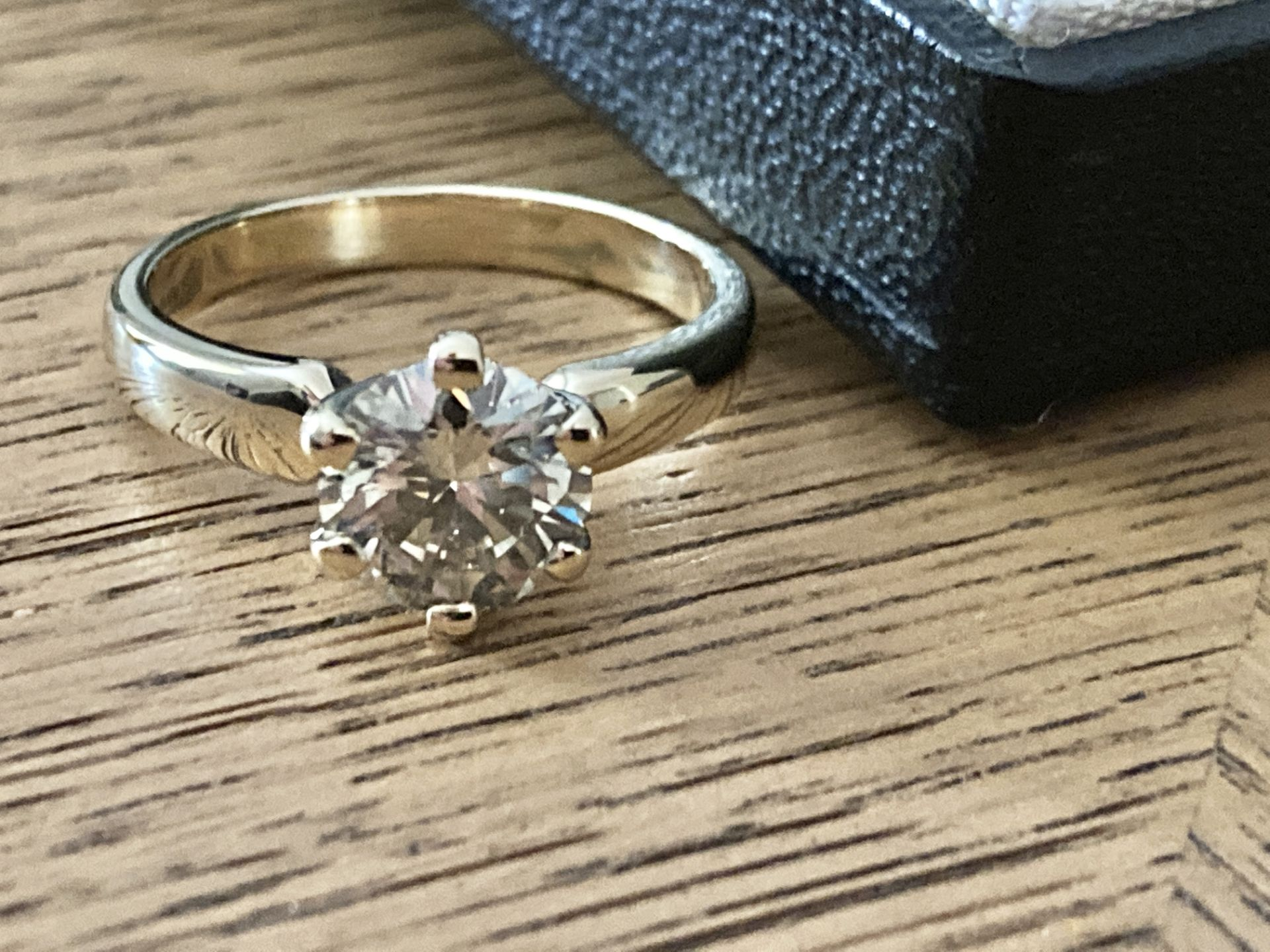 1.54CT DIAMOND SOLITAIRE RING Y. GOLD (ROUND BRILLIANT) - 2012 VALUATION £6,200 INCLUDED - Image 13 of 14