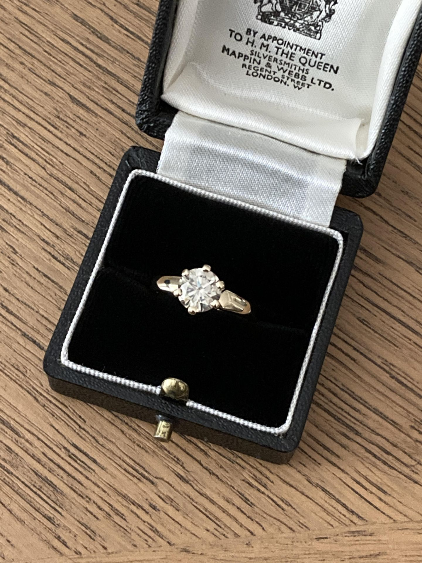 1.54CT DIAMOND SOLITAIRE RING Y. GOLD (ROUND BRILLIANT) - 2012 VALUATION £6,200 INCLUDED - Image 11 of 14