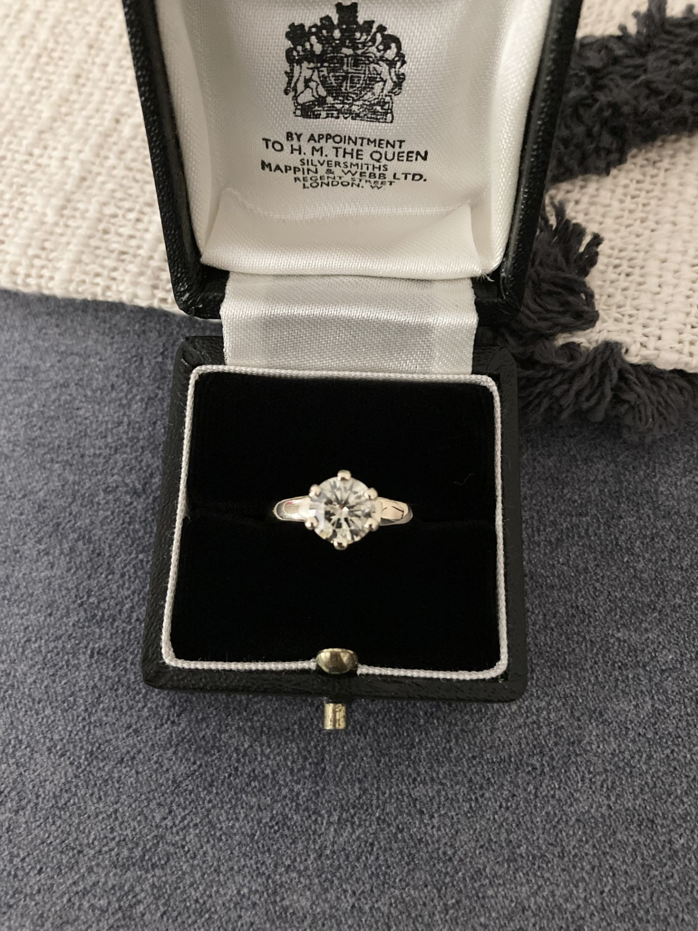 1.54CT DIAMOND SOLITAIRE RING Y. GOLD (ROUND BRILLIANT) - 2012 VALUATION £6,200 INCLUDED - Image 4 of 14