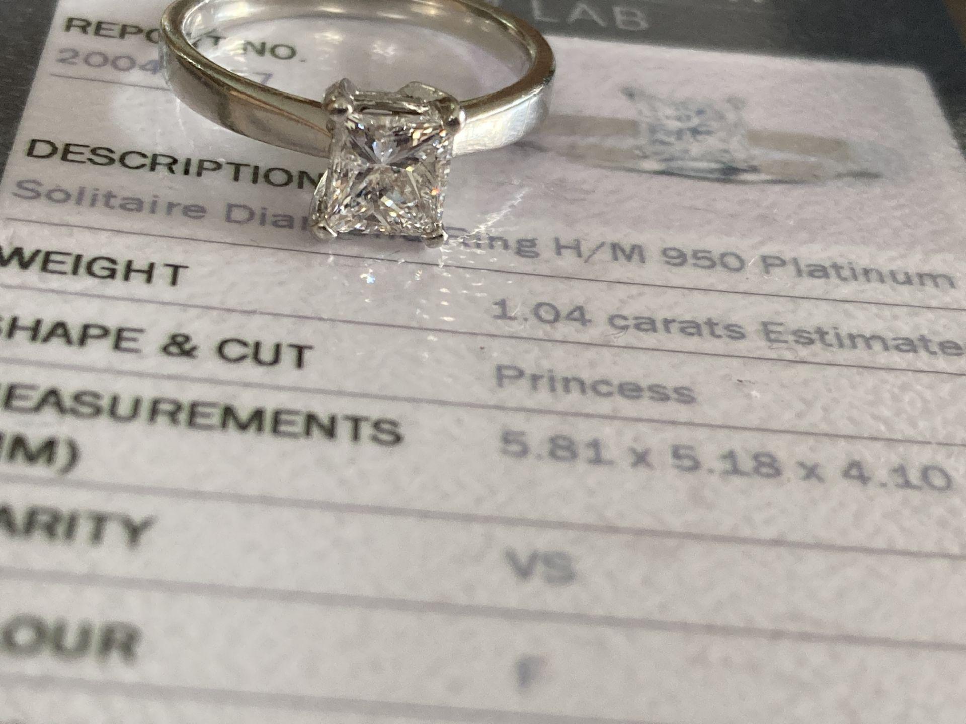 1.04CT (VS/F) PLATINUM PRINCESS CUT DIAMOND SOLITAIRE RING (CERTIFICATED) - Image 4 of 10