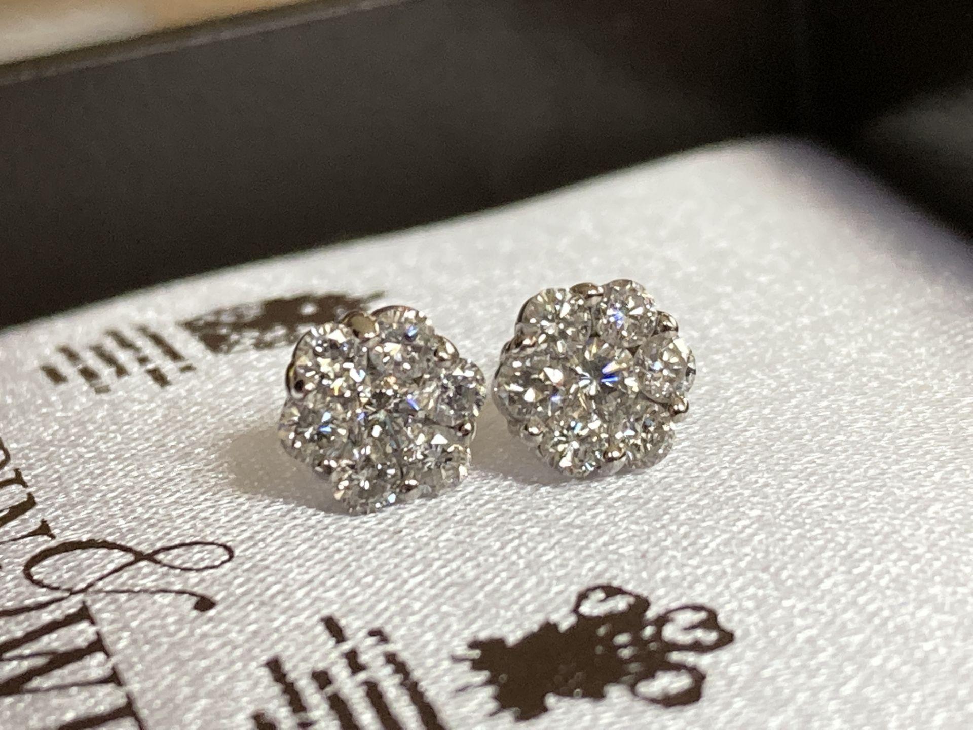 0.7CT DIAMOND 18K EARRINGS - Image 3 of 3