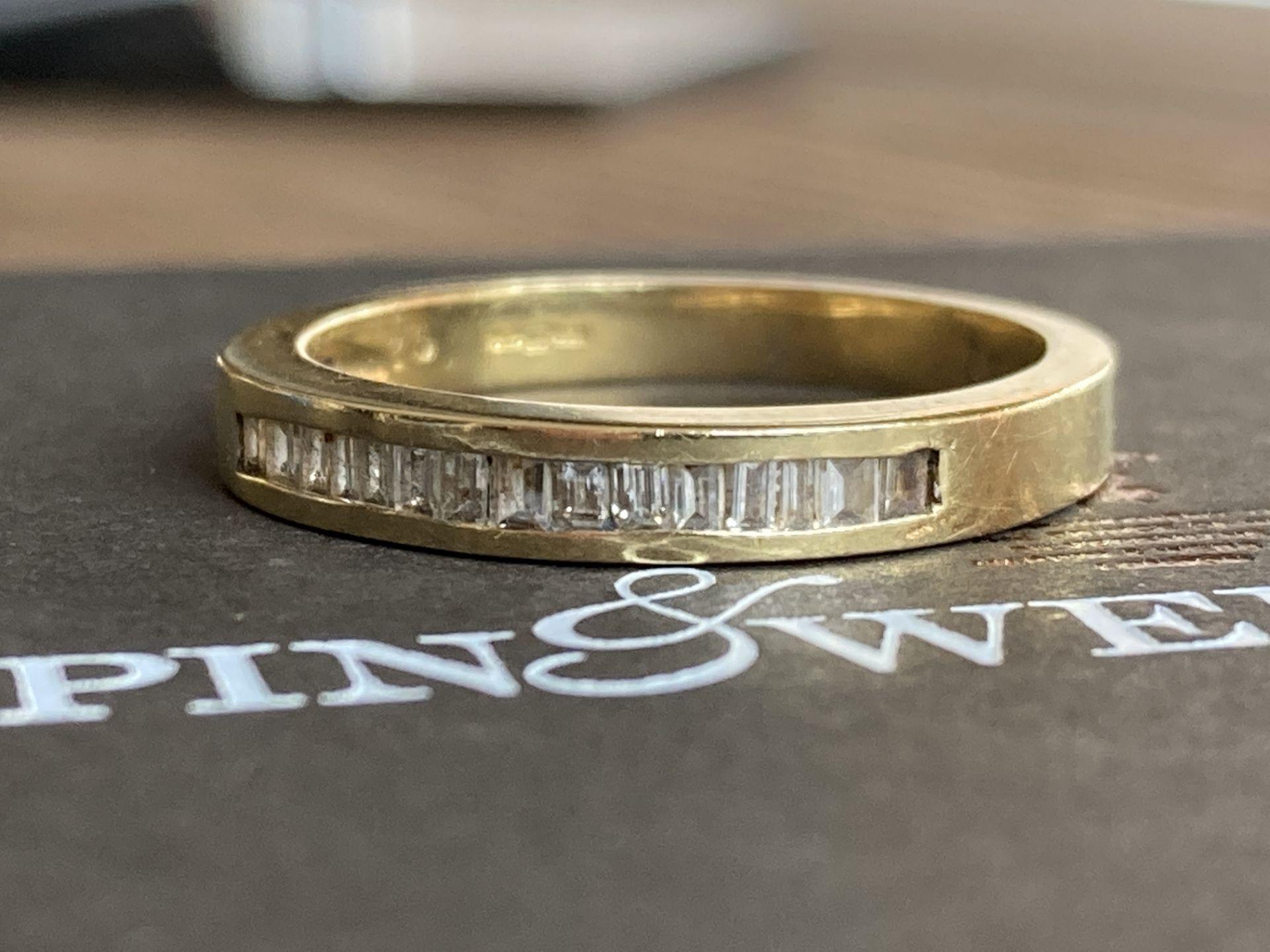 18K GOLD 0.3CT DIAMOND RING