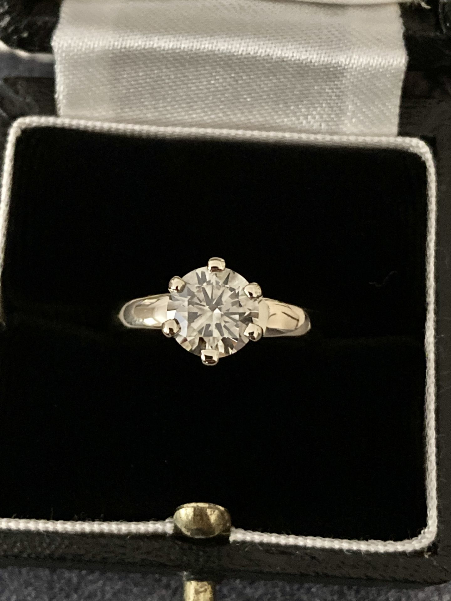 1.54CT DIAMOND SOLITAIRE RING Y. GOLD (ROUND BRILLIANT) - 2012 VALUATION £6,200 INCLUDED - Image 5 of 14