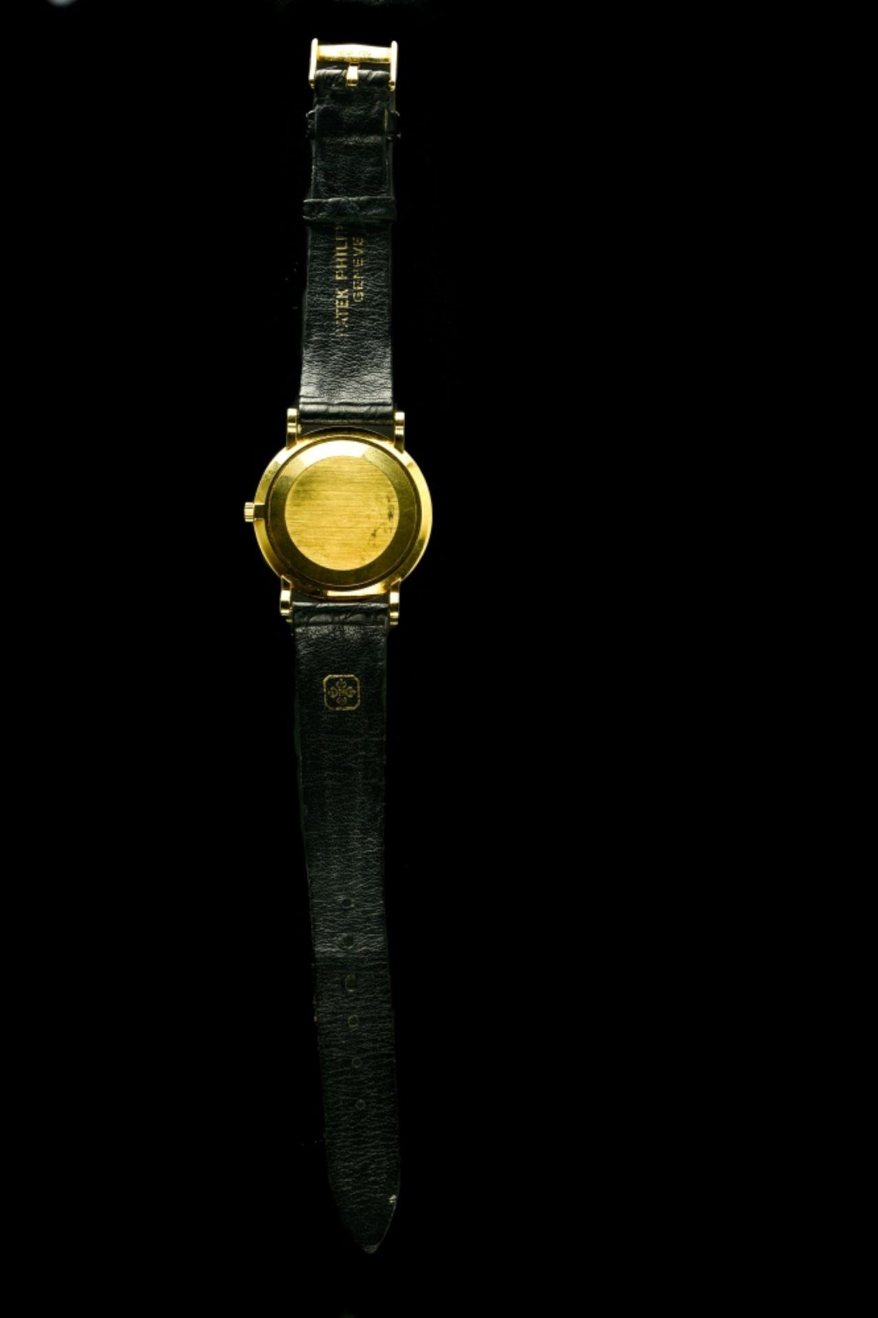 """Patek Philippe Calatrava """"Clous de Paris"""" men's watch, - Image 4 of 4"""