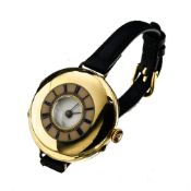Converted fob watch ENGLAND 18 kt yellow gold, converted into a bracelet watch. Hallmarks: crown,