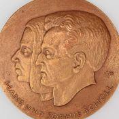 """Medaille """"Hans und Sophie Scholl"""" Bronze, Hersteller: Bronzegießerei Hans Füssel - Ingrid Günzel"""