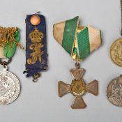 Konvolut Ehrenzeichen Sachsen insg. 6 Teile, 1 x 25 Jahre Mitglied im Sächsischen Militärverein (