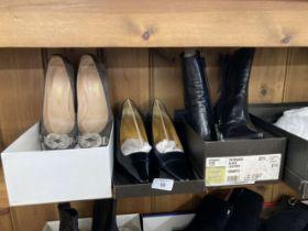 Fashion/Designer Shoes & Boots: Gucci Patriarch black leather court shoe. Boxed, Bruno Magli dust