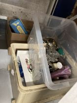 20th cent. Ceramics, Glass, Platedware: Keyrings novelties, teaware, toys, straw collages, prints,