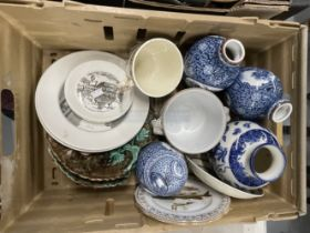 19th/20th cent. Ceramics: Includes a pair of blue/white transfer printed vases, pair of Majolica