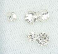 Lot 5 lose Diamanten, zus. ca. 1.31 ct Weiß-get.Weiß/si-p,