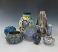 8 Keramiken, um 1900 - 30er Jahre, 1. Henkelgefäß Unis