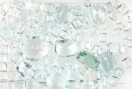 Lot lose Aquamarine, zus. ca. 115 ct, versch. Größen und