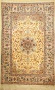 Esfahan fein alt, Persien, um 1950, Korkwolle auf Seide,