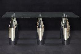 Design-Glastisch,  6 jeweils 2-tlg. Tischbeine in Form von