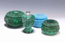 Vier Objekte, Schlevogt, 30er Jahre,  grünes Malachitglas,