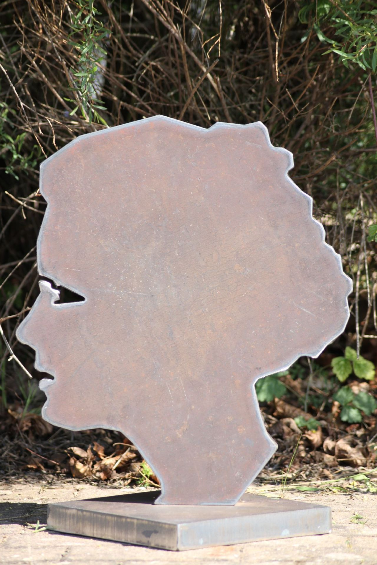 Skulptur, Andreas Helmling, Eisen, Silhouette einer Frau, - Image 2 of 2