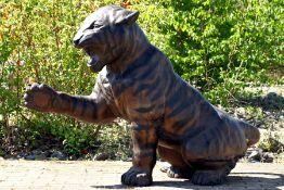 Tiger,  Bronze, braun, goldbraun u. anthrazitfarben