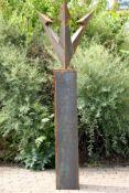 Skulptur, Andreas Helmling,  Eisen/Metall, Krone auf