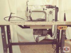 Durkopp Mod. 171131110 Chainstitch (NEEDS REPAIR)