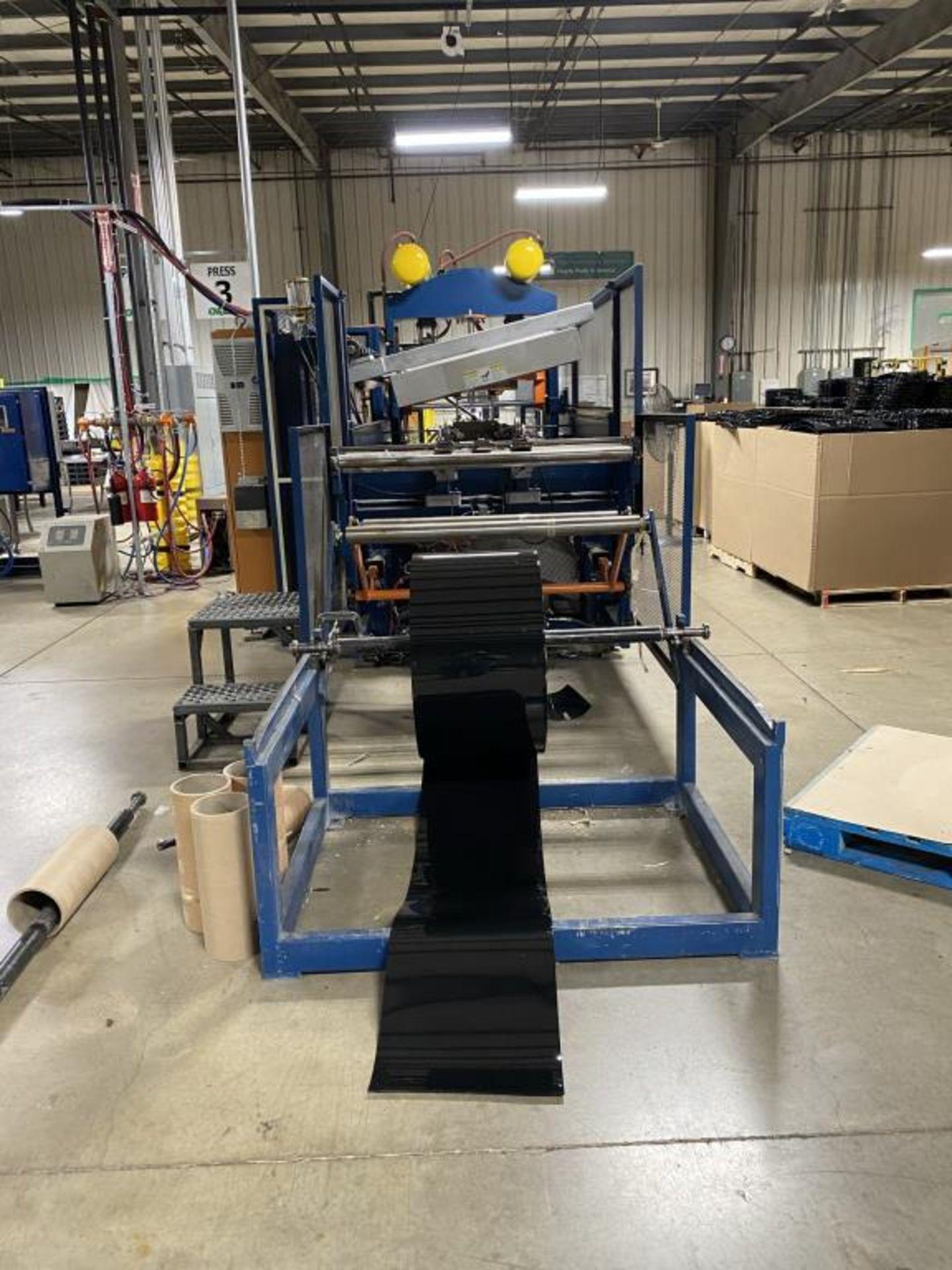 Rebuilt Thin Gauge Thermoformer - Image 5 of 18