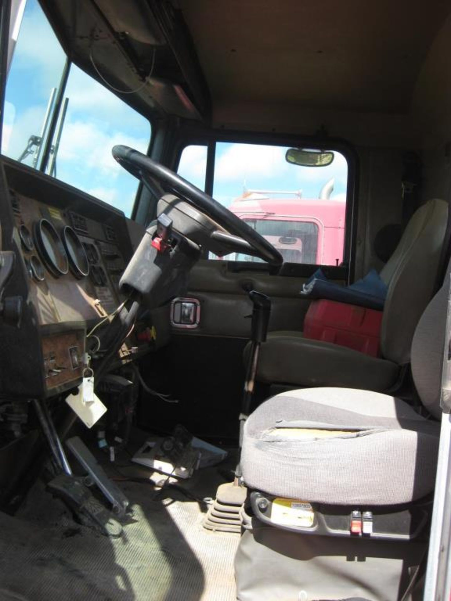 Kenworth Winch Truck - Image 13 of 23