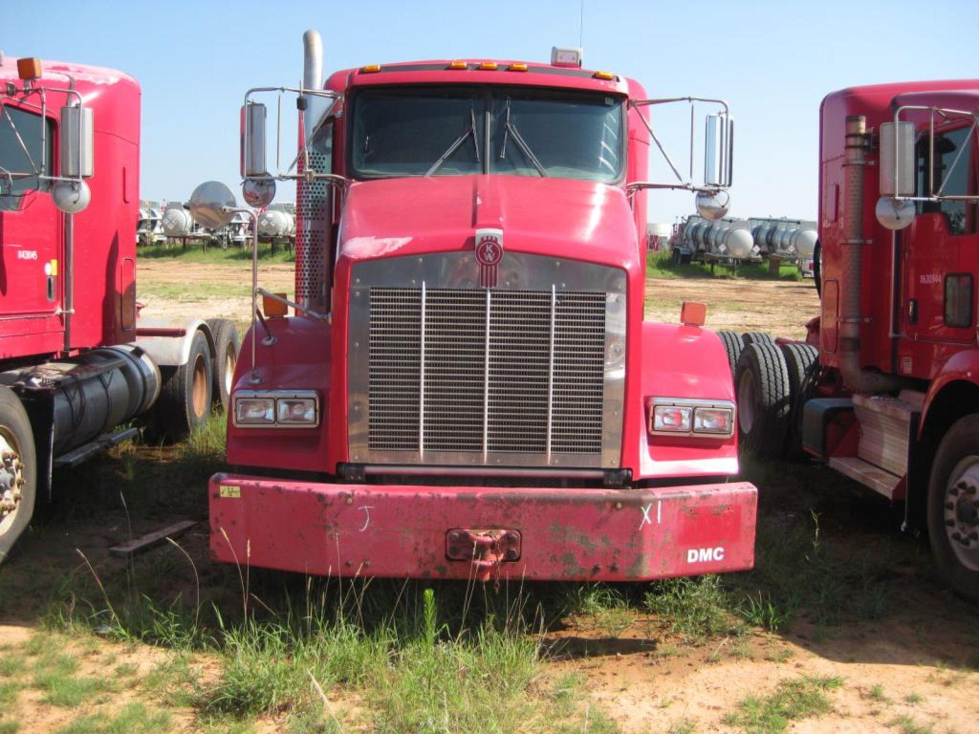 Kenworth Truck - Image 3 of 21