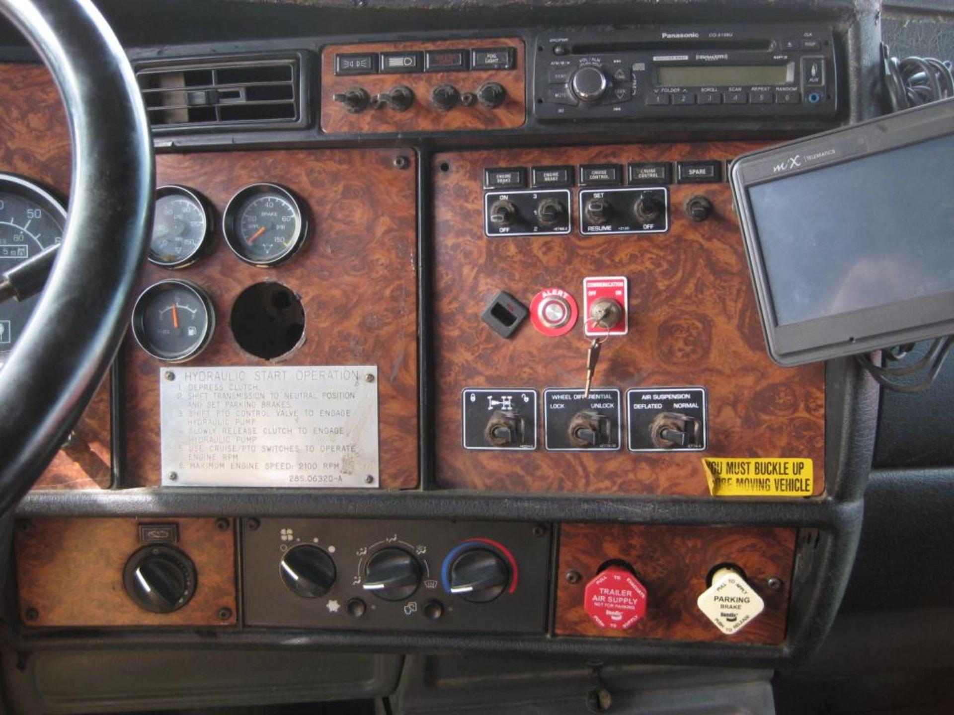 Kenworth Truck - Image 14 of 20