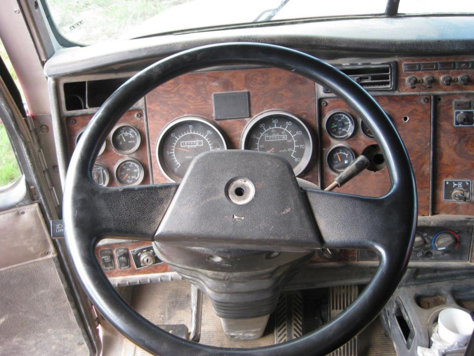 Kenworth Truck - Image 14 of 21