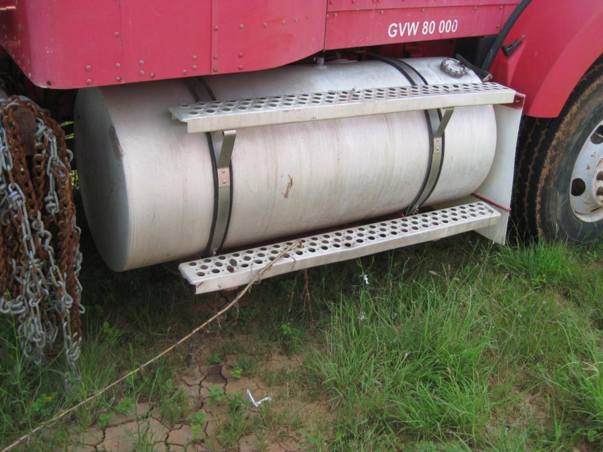 Kenworth Truck - Image 8 of 20