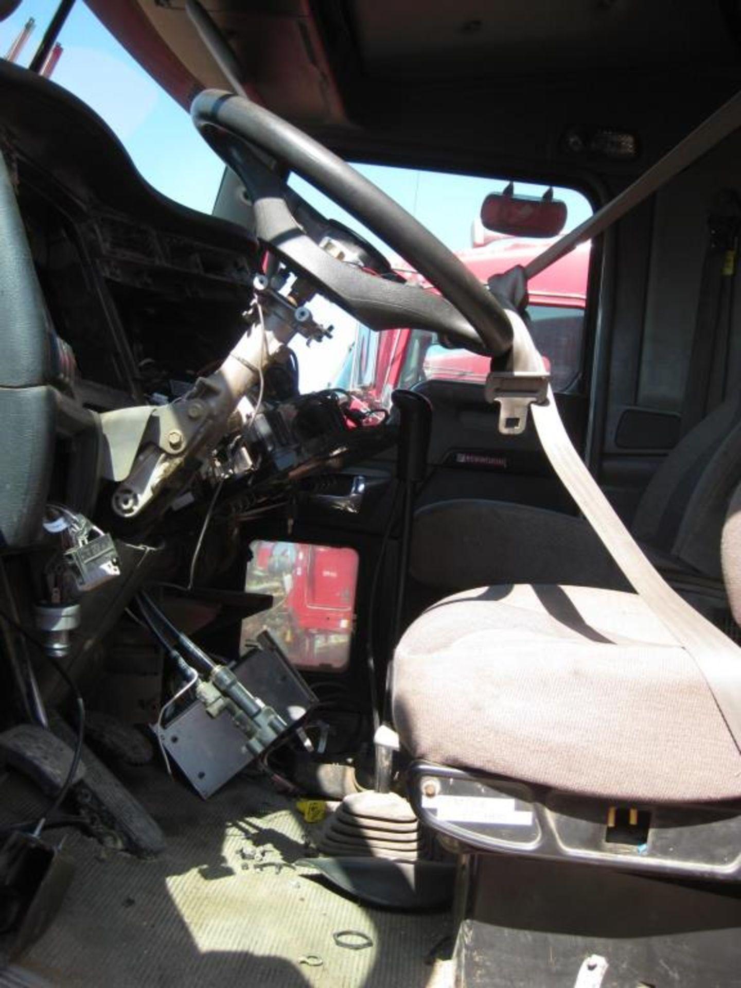 Kenworth Truck - Image 11 of 22