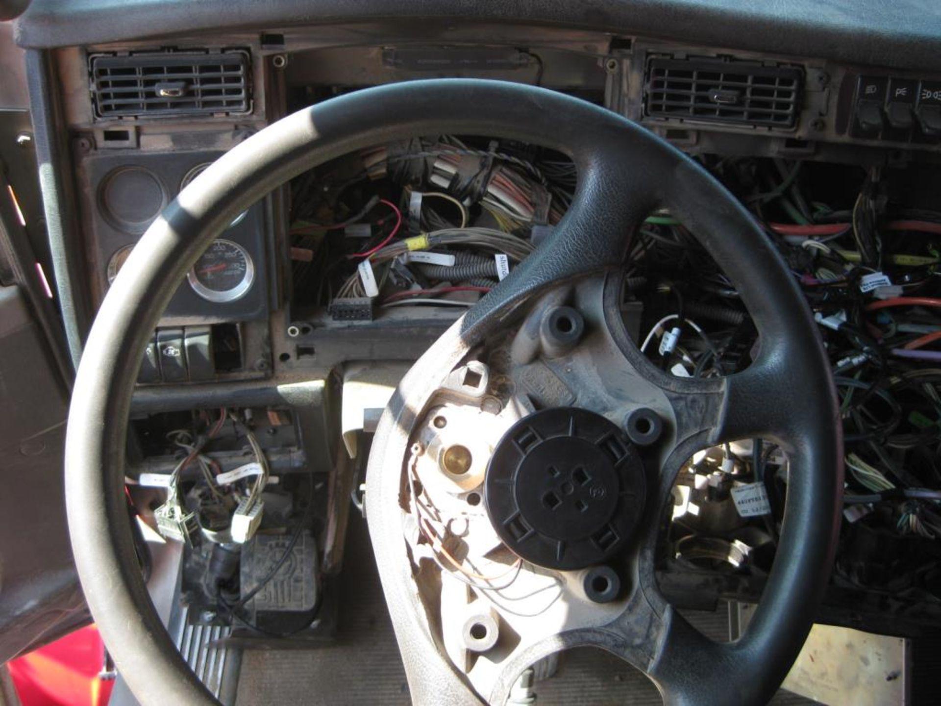 Kenworth Truck - Image 15 of 22
