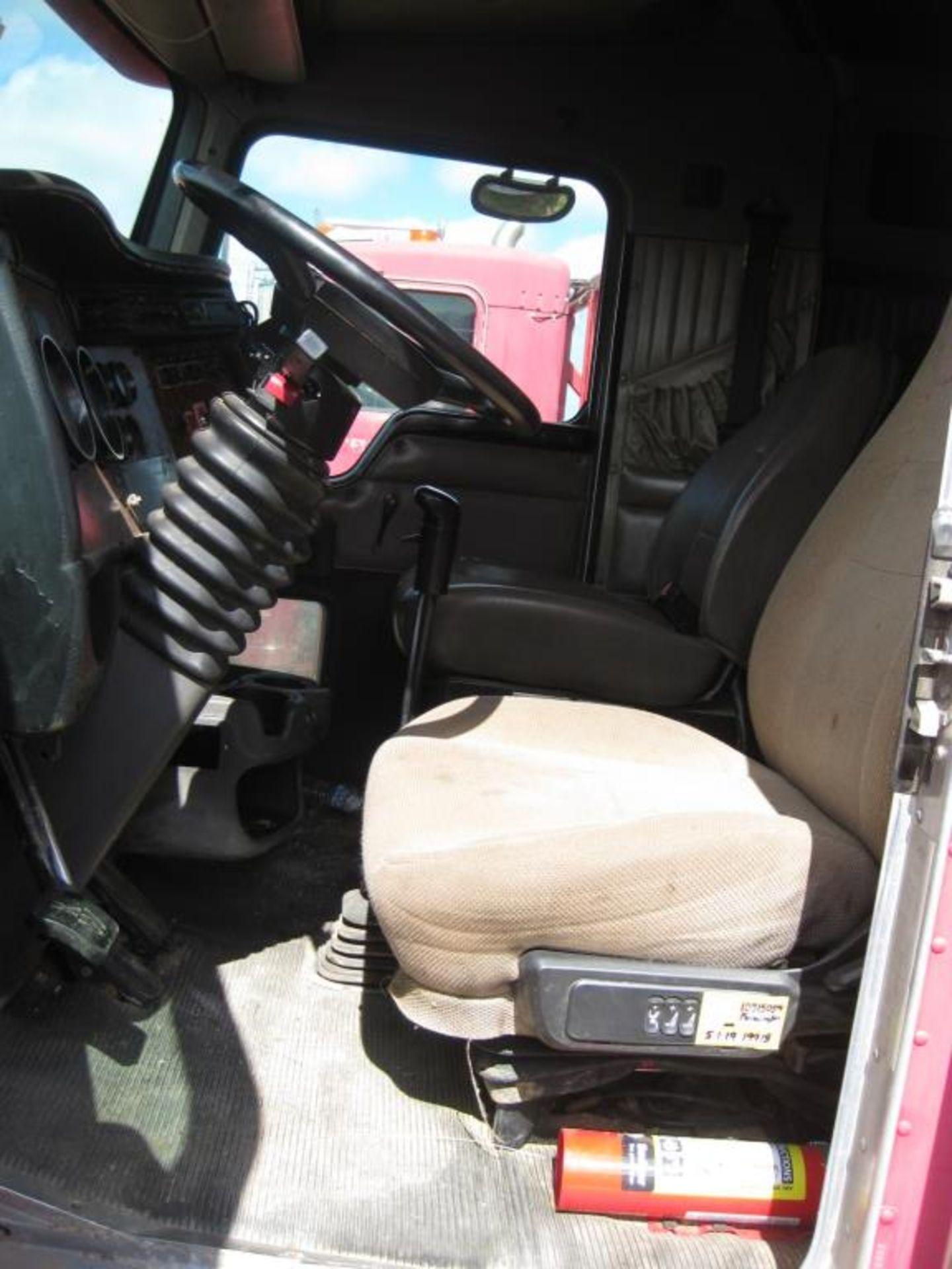Kenworth Truck - Image 10 of 20