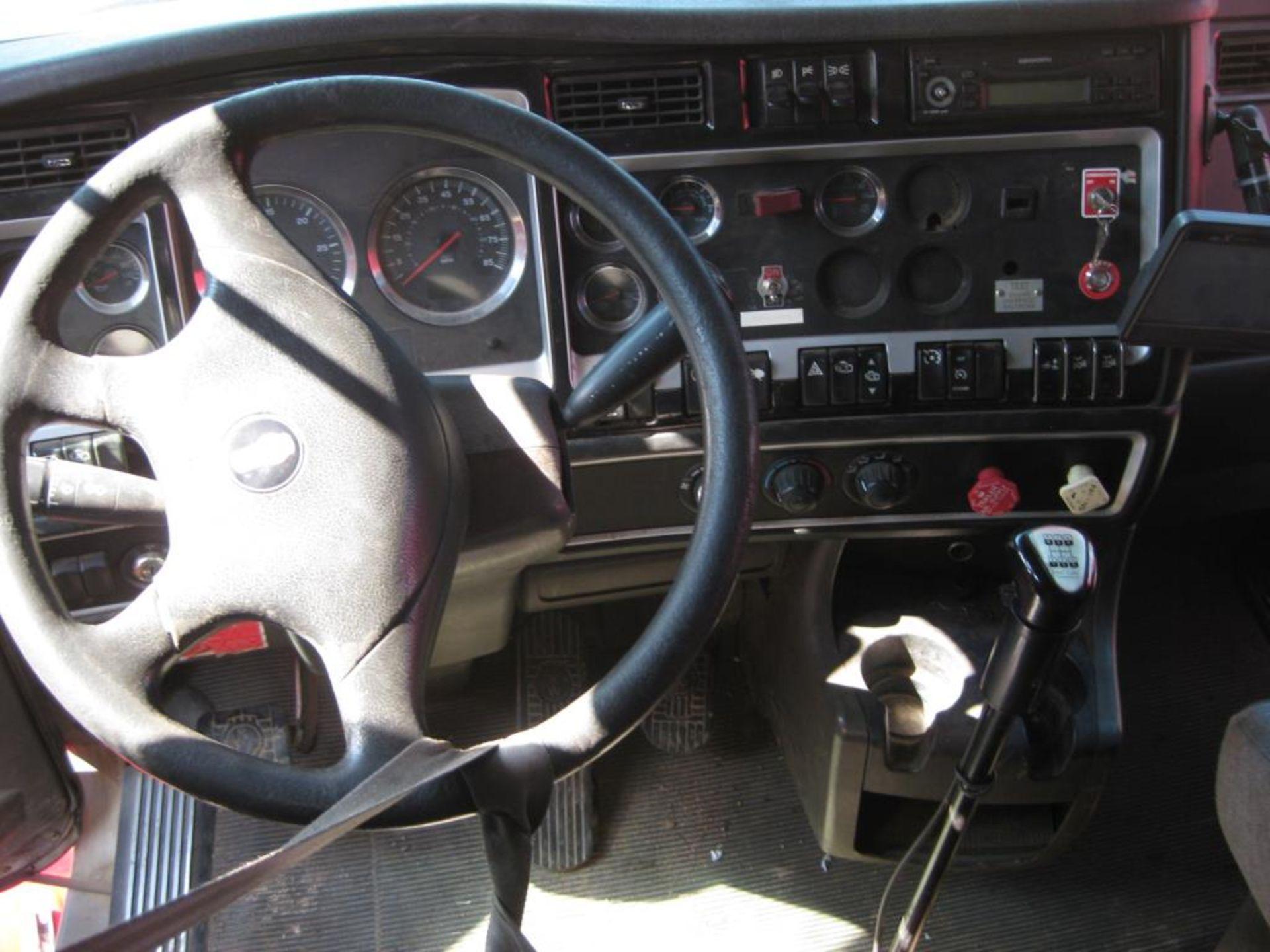 Kenworth Truck - Image 16 of 21