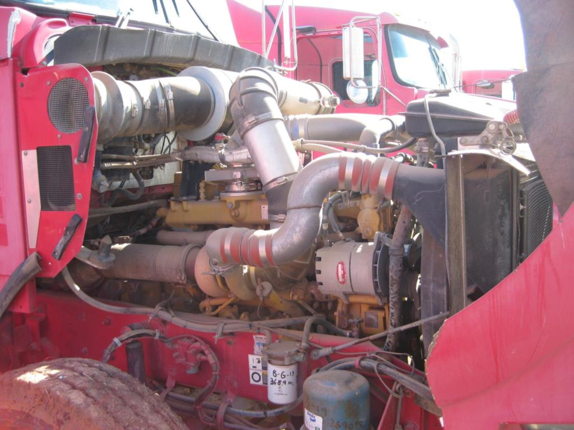 Truck - Image 21 of 24