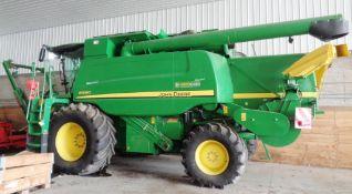 John Deere (Groenoord) Dbl.-Cut Combine Harvester