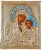 A RUSSIAN ICON OF «THE KAZAN MOTHER OF GOD» IN SILVER-GILT POLY-CHROME ENAMELED [...]
