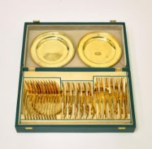 VERY FINE RUSSIAN SILVER-GILT AND MOTHEROF-PEARL TABLEWARE SET COMPRISING 12 SPOONS, [...]