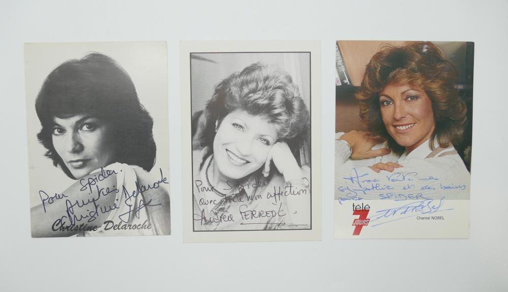 COLLECTION OF PHOTOGRAPHS AND POSTCARDS WITH AUTOGRAPHS BY NUMEROUS ARTISTS- 18 TV stars like - Image 4 of 17