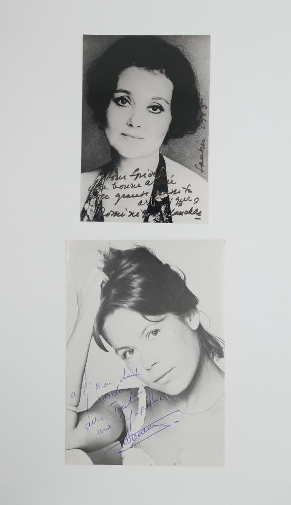 COLLECTION OF PHOTOGRAPHS AND POSTCARDS WITH AUTOGRAPHS BY NUMEROUS ARTISTS- 18 TV stars like - Image 6 of 17