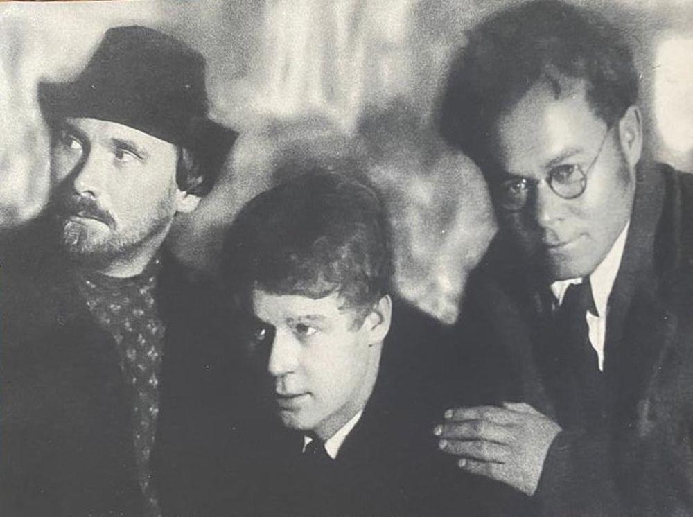 MOISEI NAPPELBAUM (1869-1958) Nikolay Klyuev, Sergey Yesenin and Vsevolod Ivanov. Photo of 1924