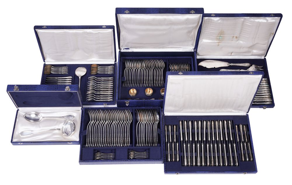 A RUSSIAN SILVER CANTEEN OF CUTLERY FOR TWELVE, HEMPEL BROTHERS (190 pieces) Russian Empire, Warsaw, - Image 2 of 6