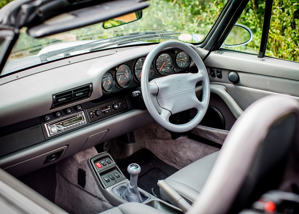 1995 Porsche 911 / 993 Carrera Convertible - Image 6 of 9