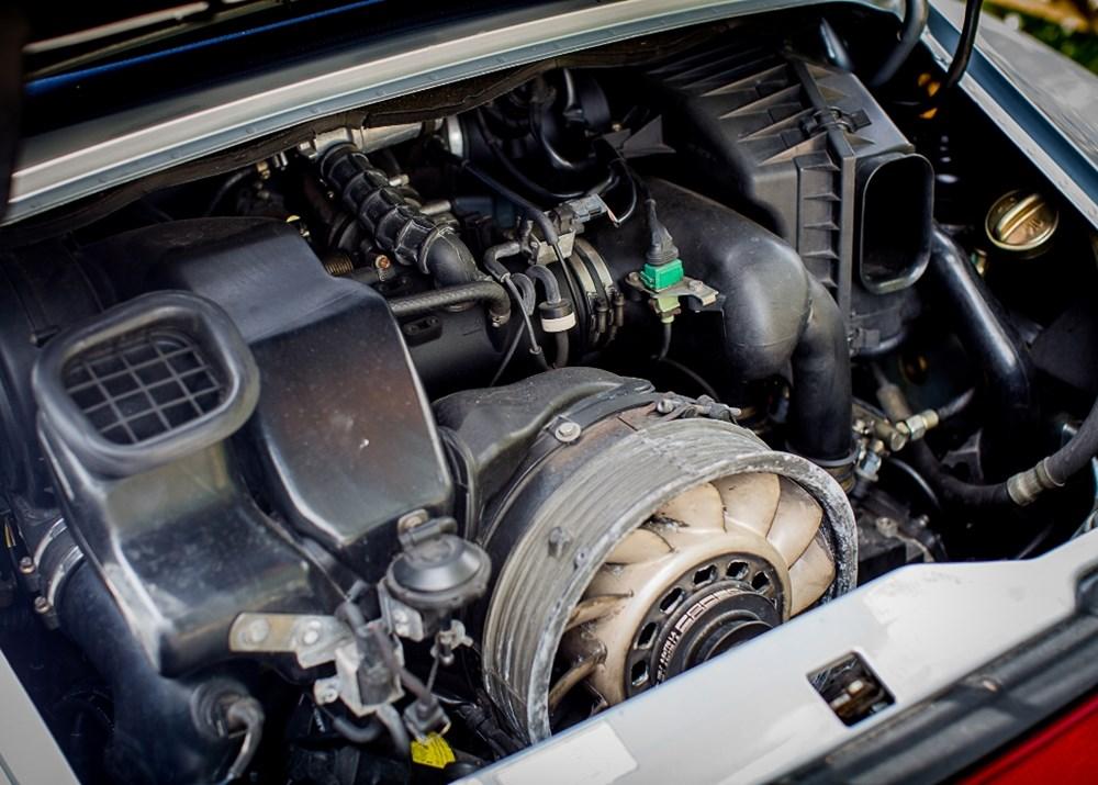 1995 Porsche 911 / 993 Carrera Convertible - Image 5 of 9